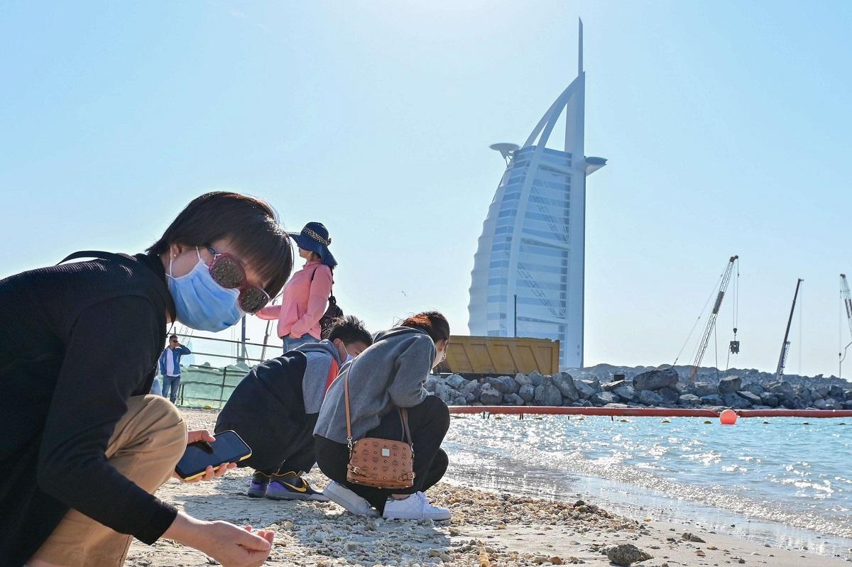 الإمارات تعلق استخدام الهوية الوطنية لتنقل مواطنيها ومواطني دول مجلس التعاون