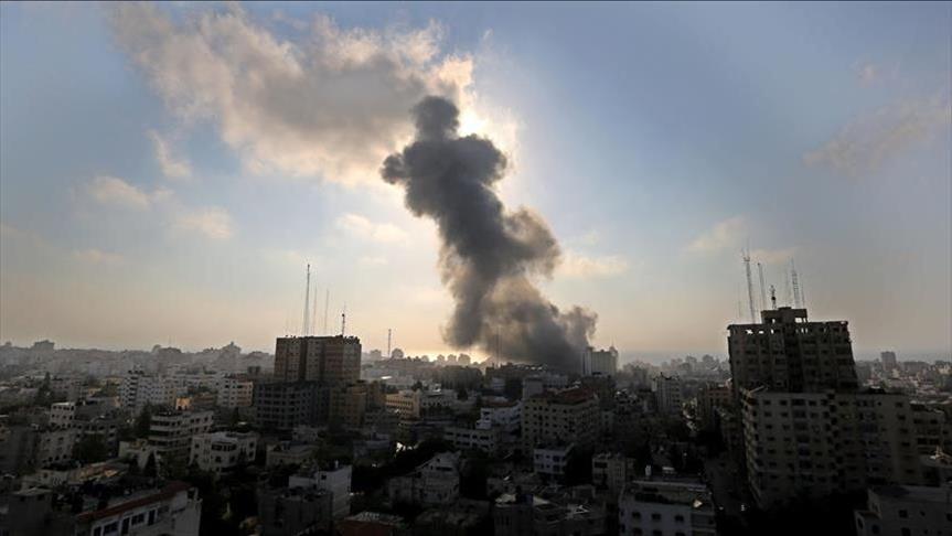 إسرائيل توقف إدخال الأسمنت إلى غزة.. وجيش الاحتلال يقصف القطاع