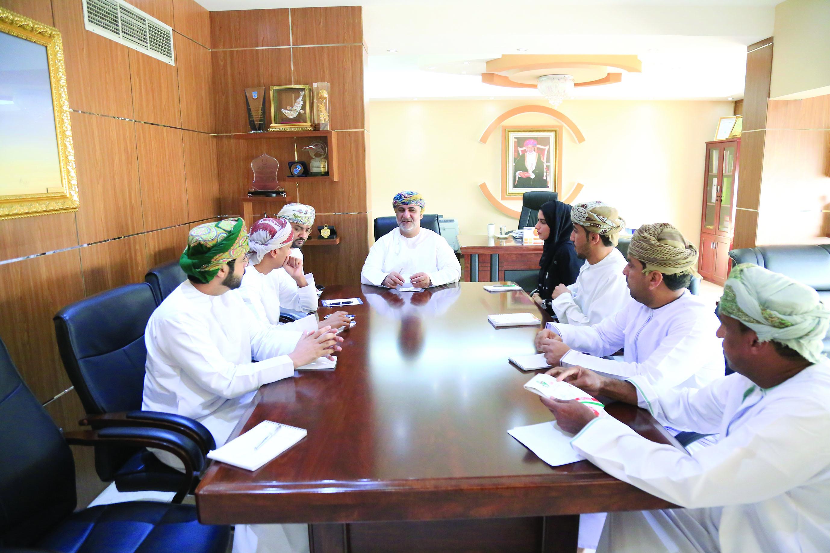 اللجنة المشرفة على خليجية ذوي الإعاقة السمعية تعقد اجتماعها