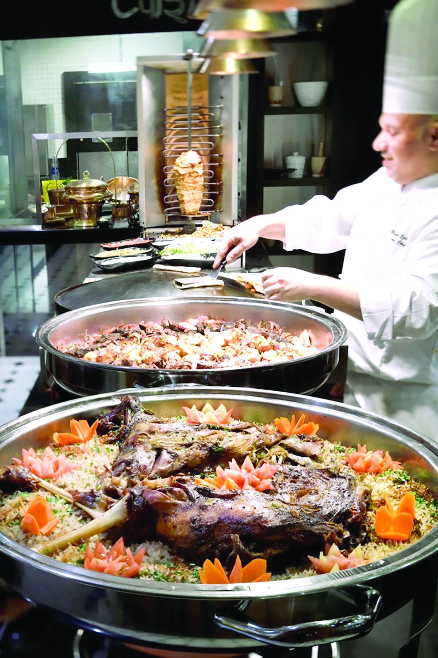 مهرجان دبي للمأكولات.. رحلة في عالم المذاقات العالمية