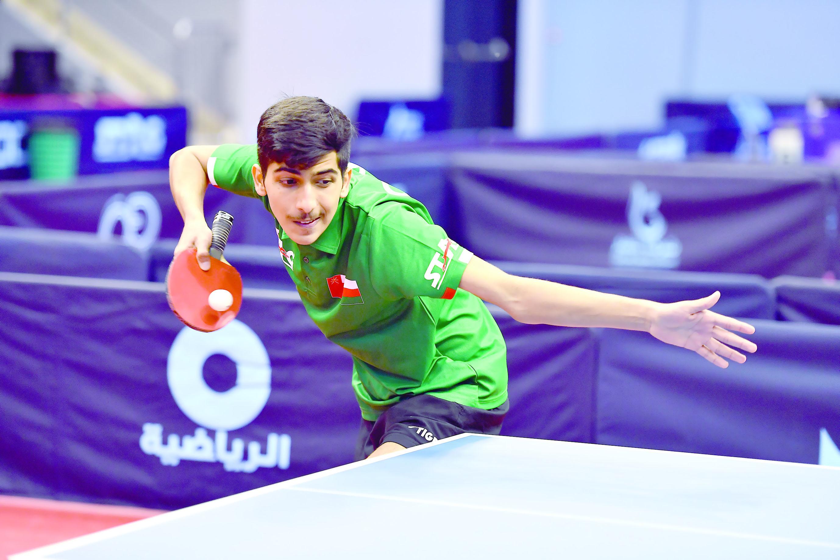 انطلاقة قوية لمنافسات بطولة عمان الدولية لكرة الطاولة (التحدي بلس)