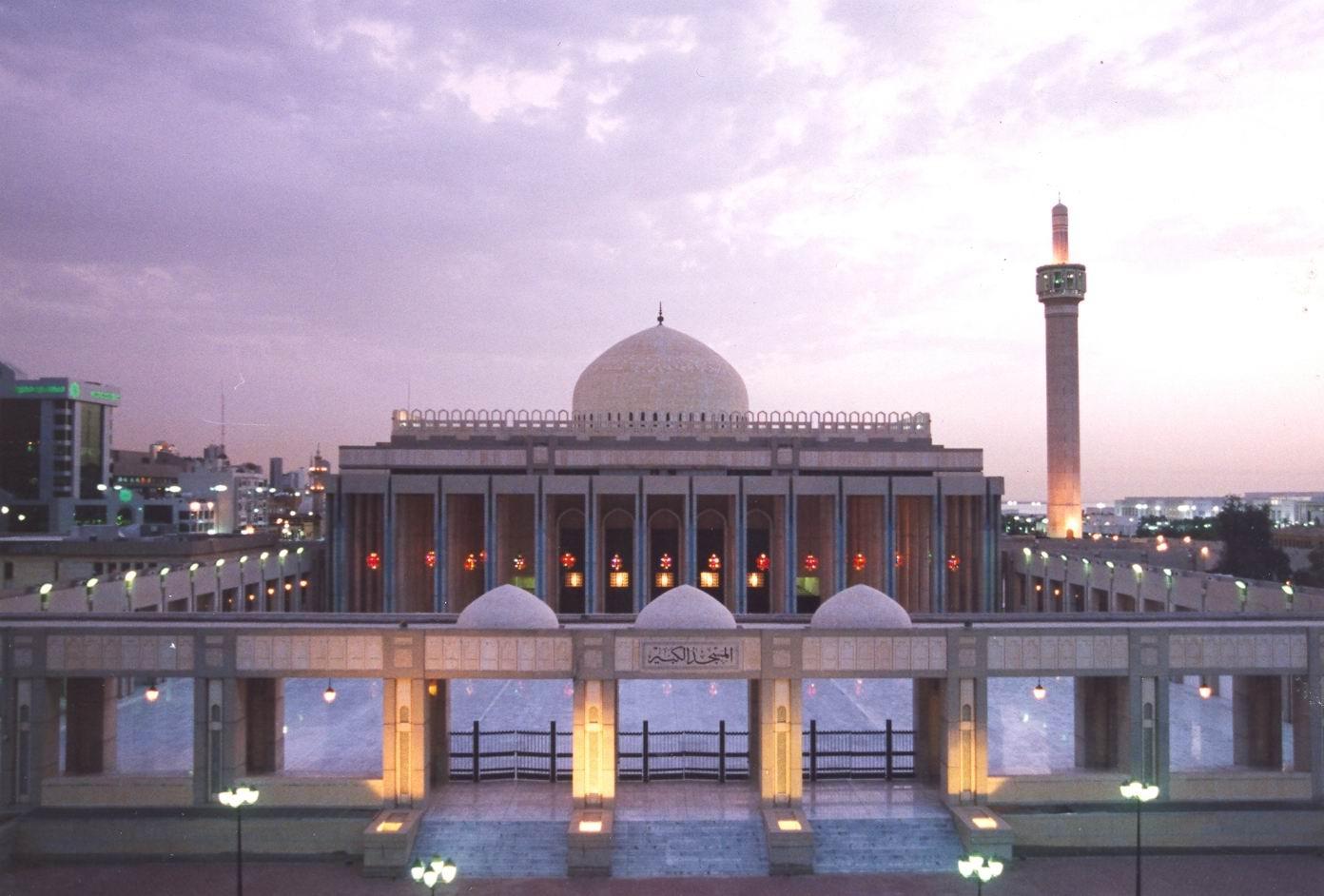 وزارة الأوقاف في الكويت تصدر تعميم بشأن صلاة الجمعة