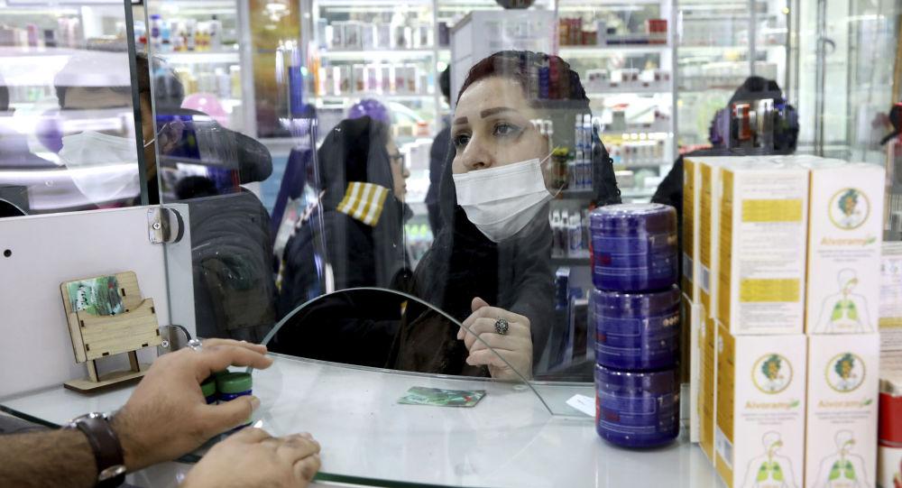 "إيران تستنجد بـ""النقد الدولي"""