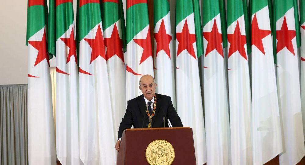 الرئيس الجزائري يأمر بغلق المدارس والجامعات ابتداء من اليوم