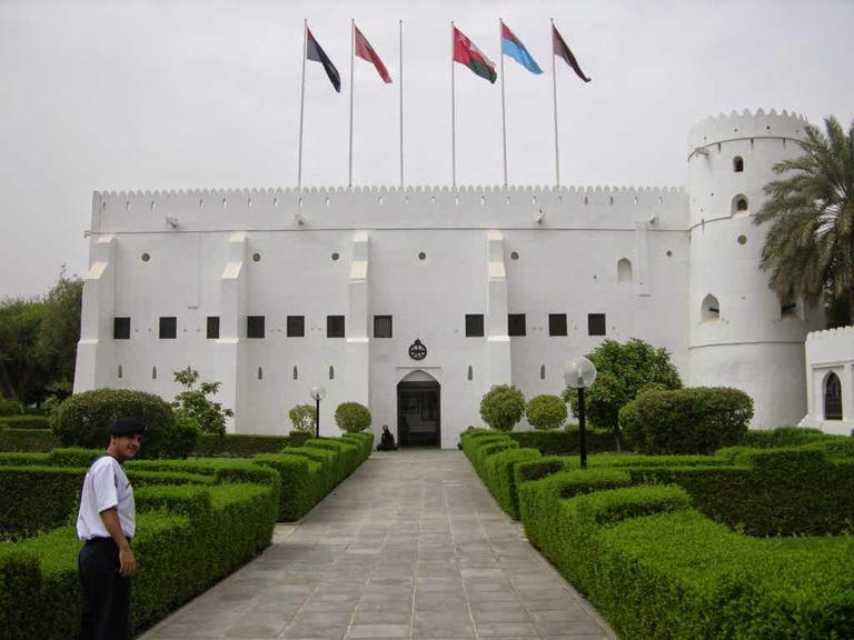 متحف قوات السلطان المسلحة يغلق أبوابه أمام الجمهور