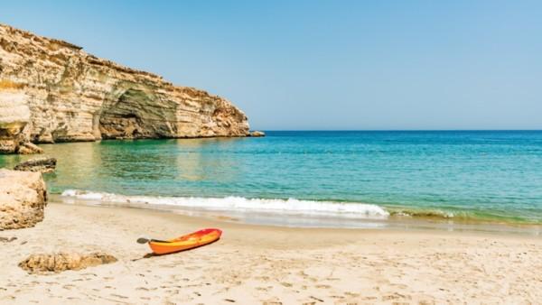 Coronavirus: Ministry of tourism advises travel groups to leave Oman