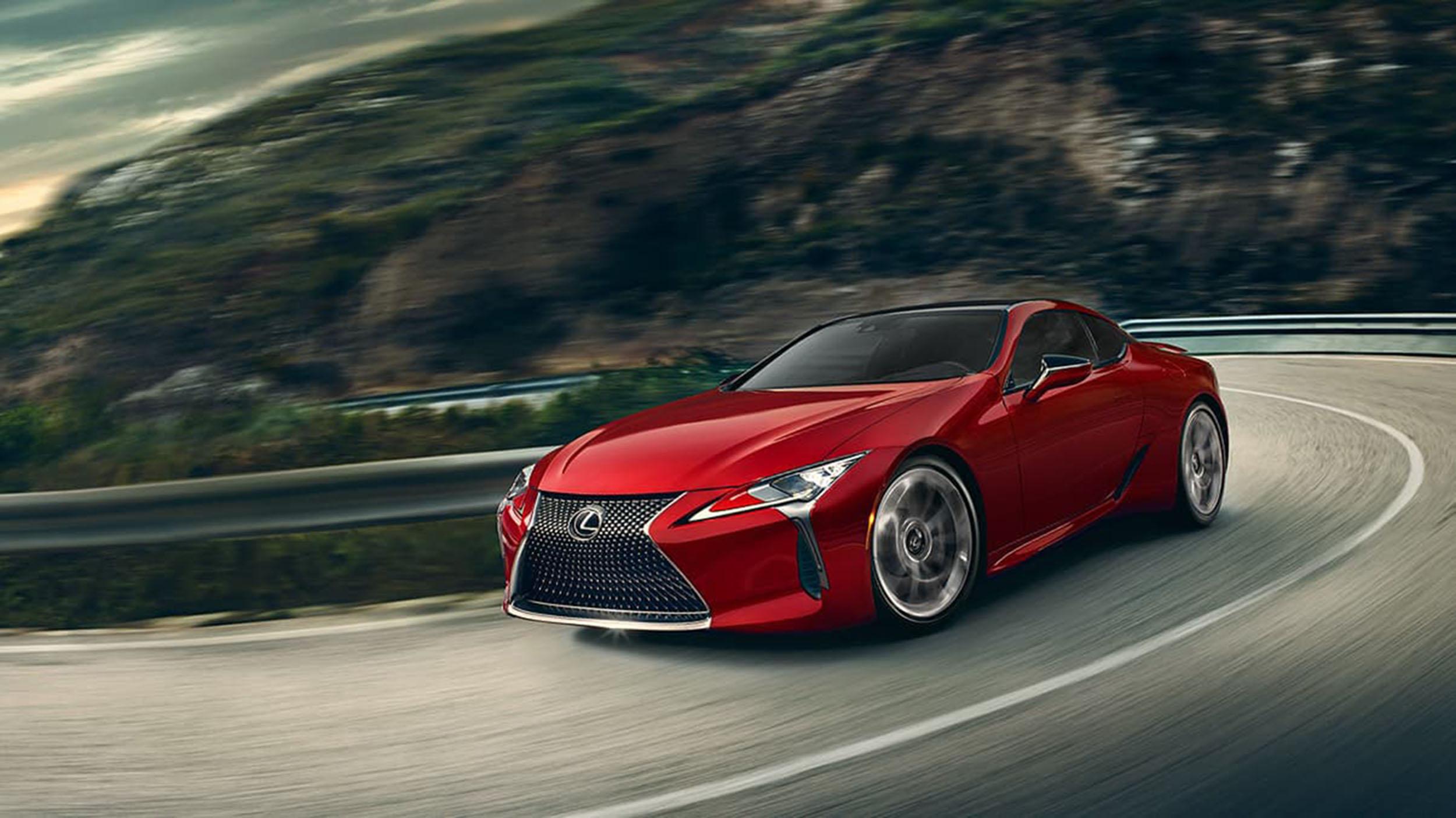 Lexus LC500 – Sleek, attractive and powerful