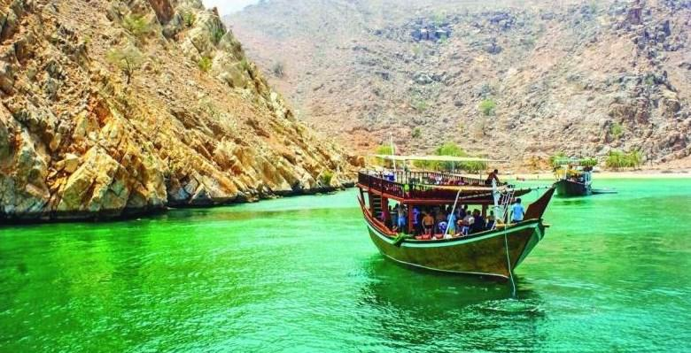 Coronavirus: Tourist boats temporarily suspended from operating in Oman