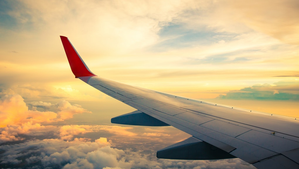 Chartered flights between Oman and Egypt suspended
