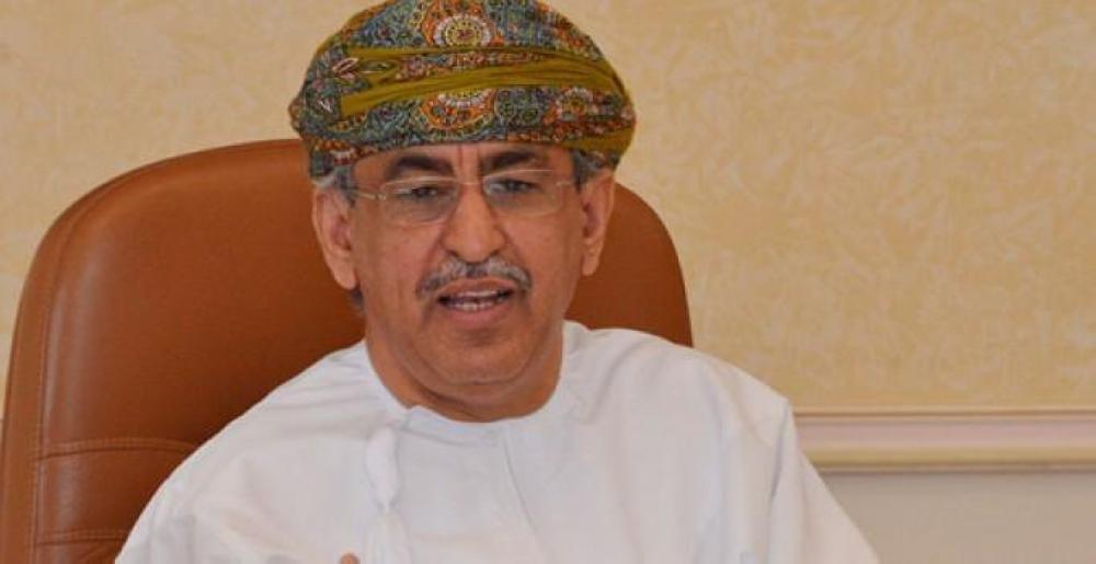 """وزير الصحة: """"النقل المجتمعي"""" وراء عزل منطقة """"سوق نايف"""" التجاري"""
