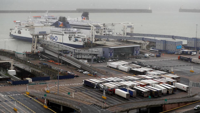 """بريطانيا تضبط """"كوكايين"""" قيمته 1.3 مليون دولار في شحنة كمامات"""