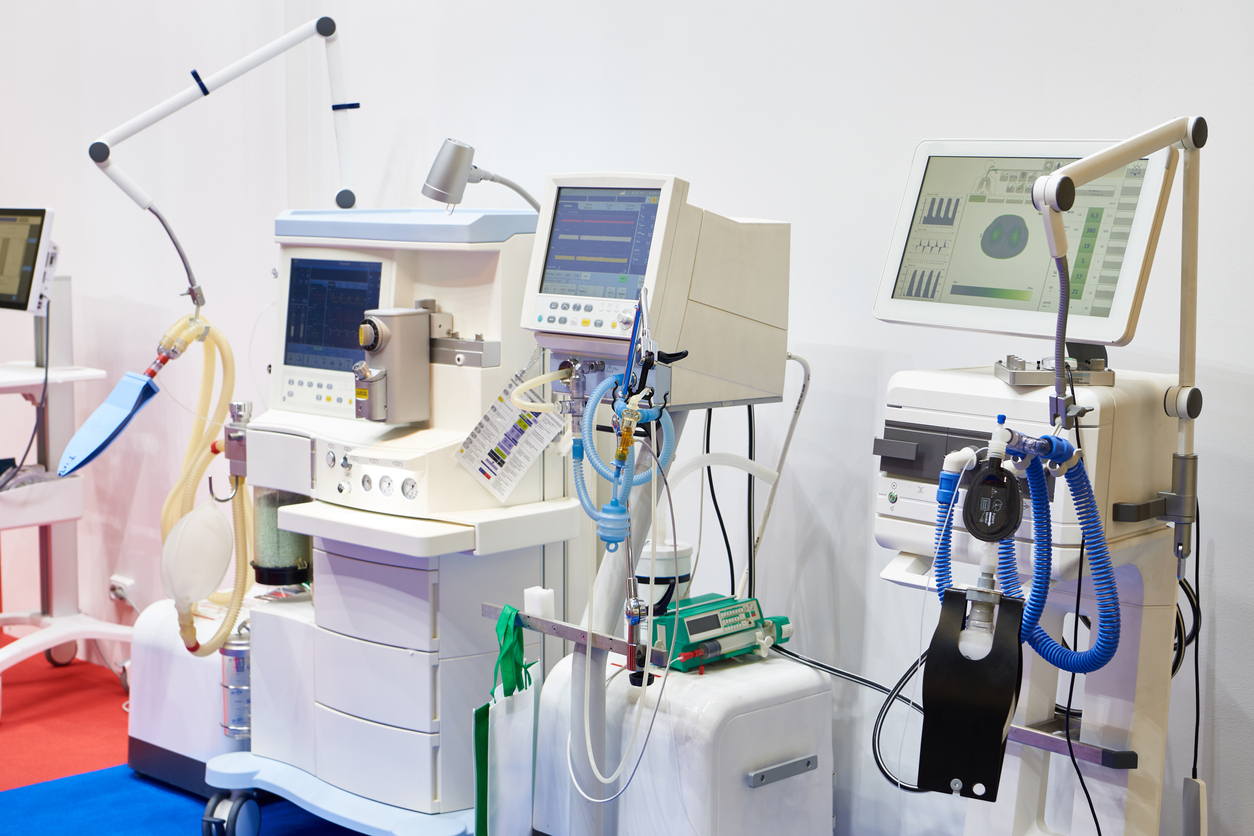 الصحة توقع اتفاقية شراء أجهزة تنفس للمرضى من ذوي الدخل المحدود