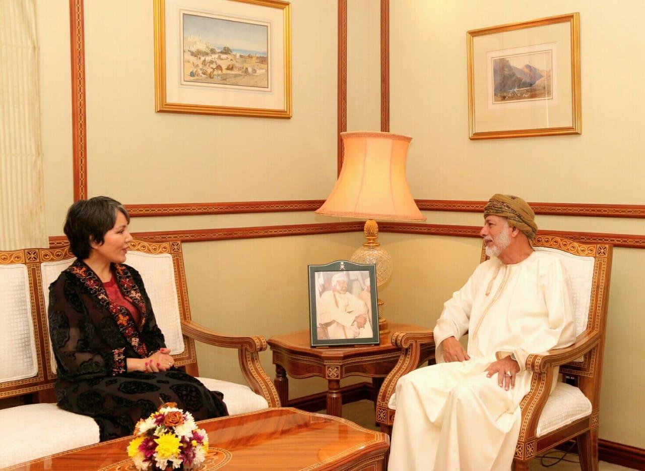 معالي يوسف بن علوي يستقبل ممثلة منظمة الصحة العالمية