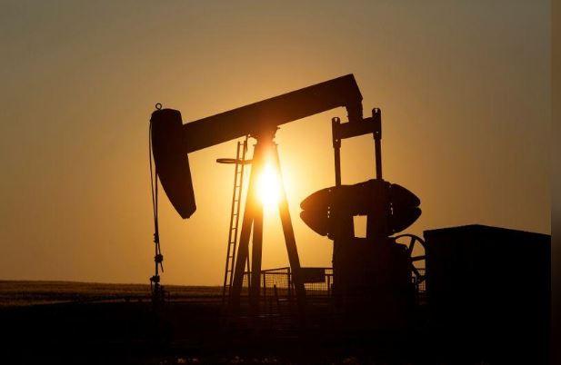 """بعد نكسة """"20 أبريل"""".. برميل النفط الأمريكي يرتفع 30%"""