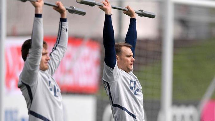 Bundesliga: What are coaches doing during the coronavirus?