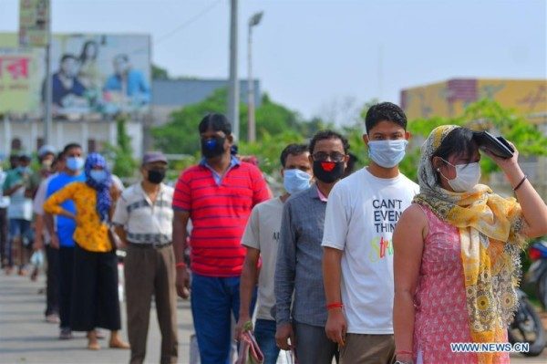 India extends lockdown by two weeks