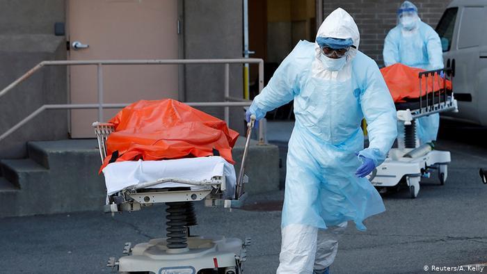 """إصابات """"كورونا"""" حول العالم تتجاوز 4.4 مليون وحالات التعافي 1.6 مليون"""