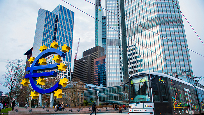 ECB keeps key interest rates unchanged, boosts pandemic response