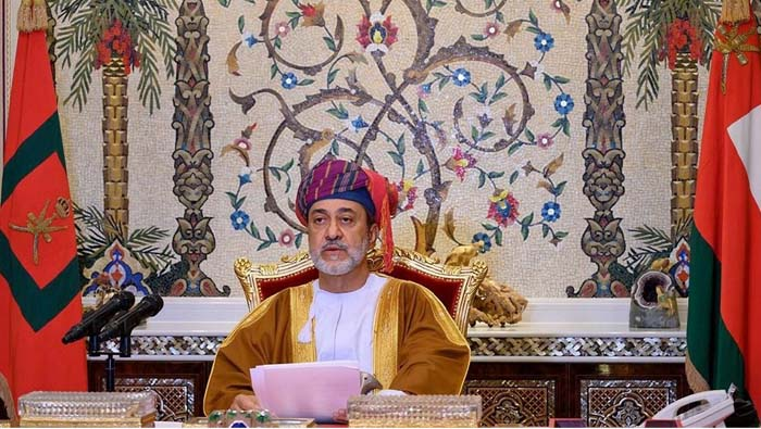 His Majesty sends heartfelt greetings to citizens, residents