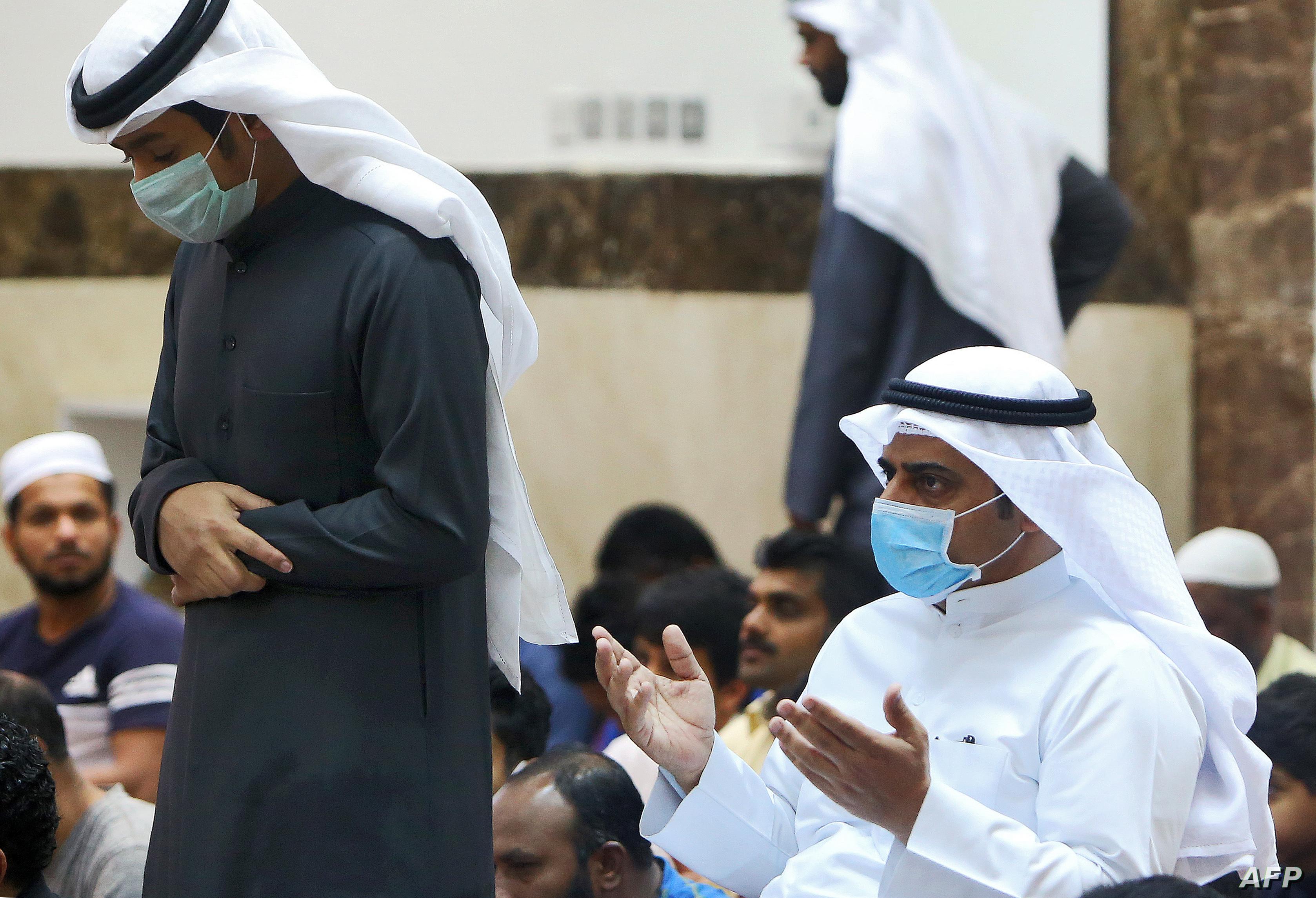 الكويت تسمح لبعض المساجد بإقامة صلاة الجماعة عدا الجمعة
