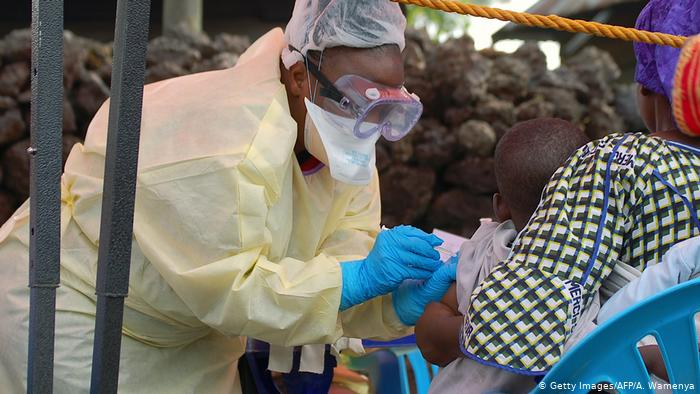 """DW: تفشِ جديد لوباء """"إيبولا"""" في شمال غرب الكونغو"""