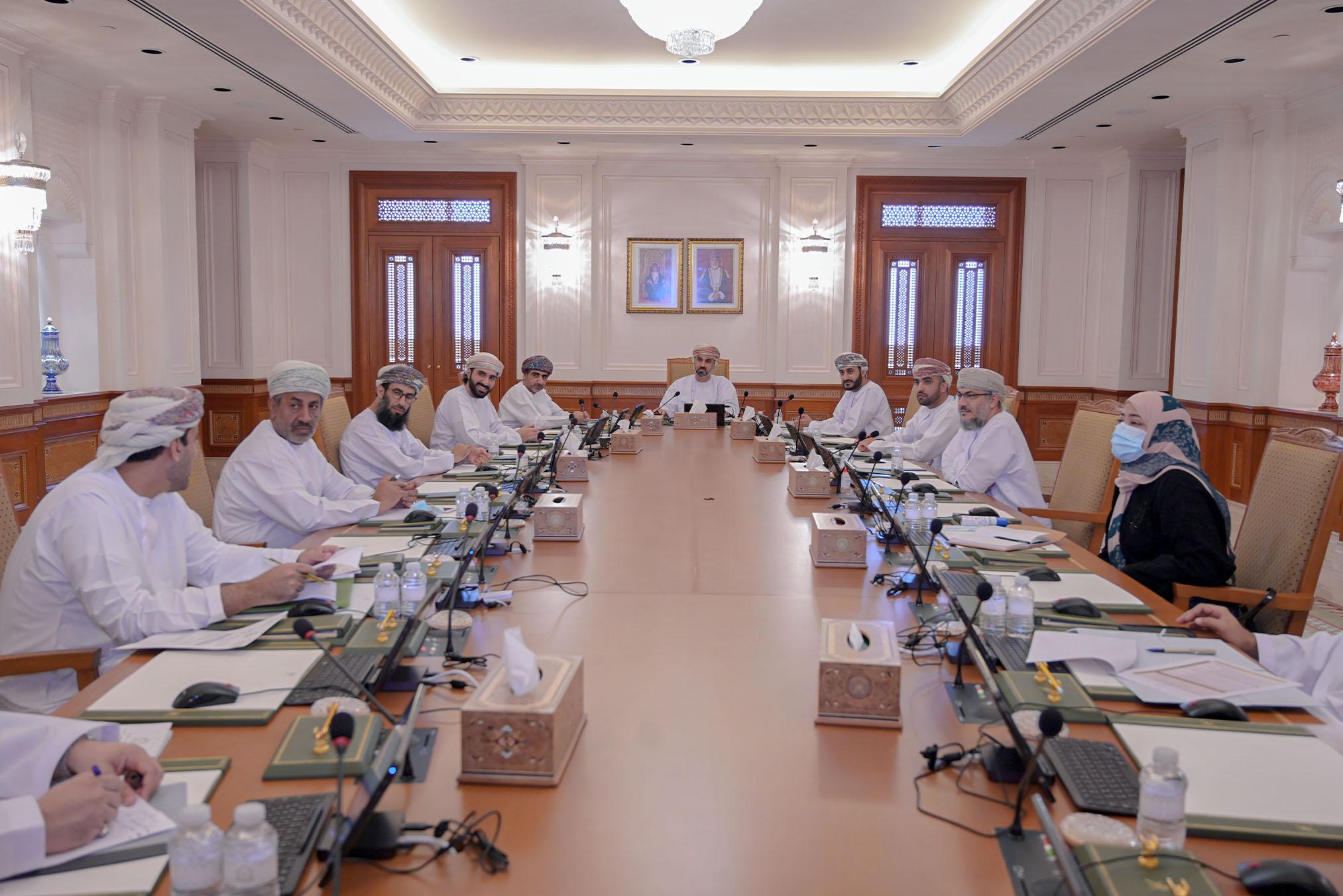 Majlis praises HM's order on panel to oversee restart of normal economic activites