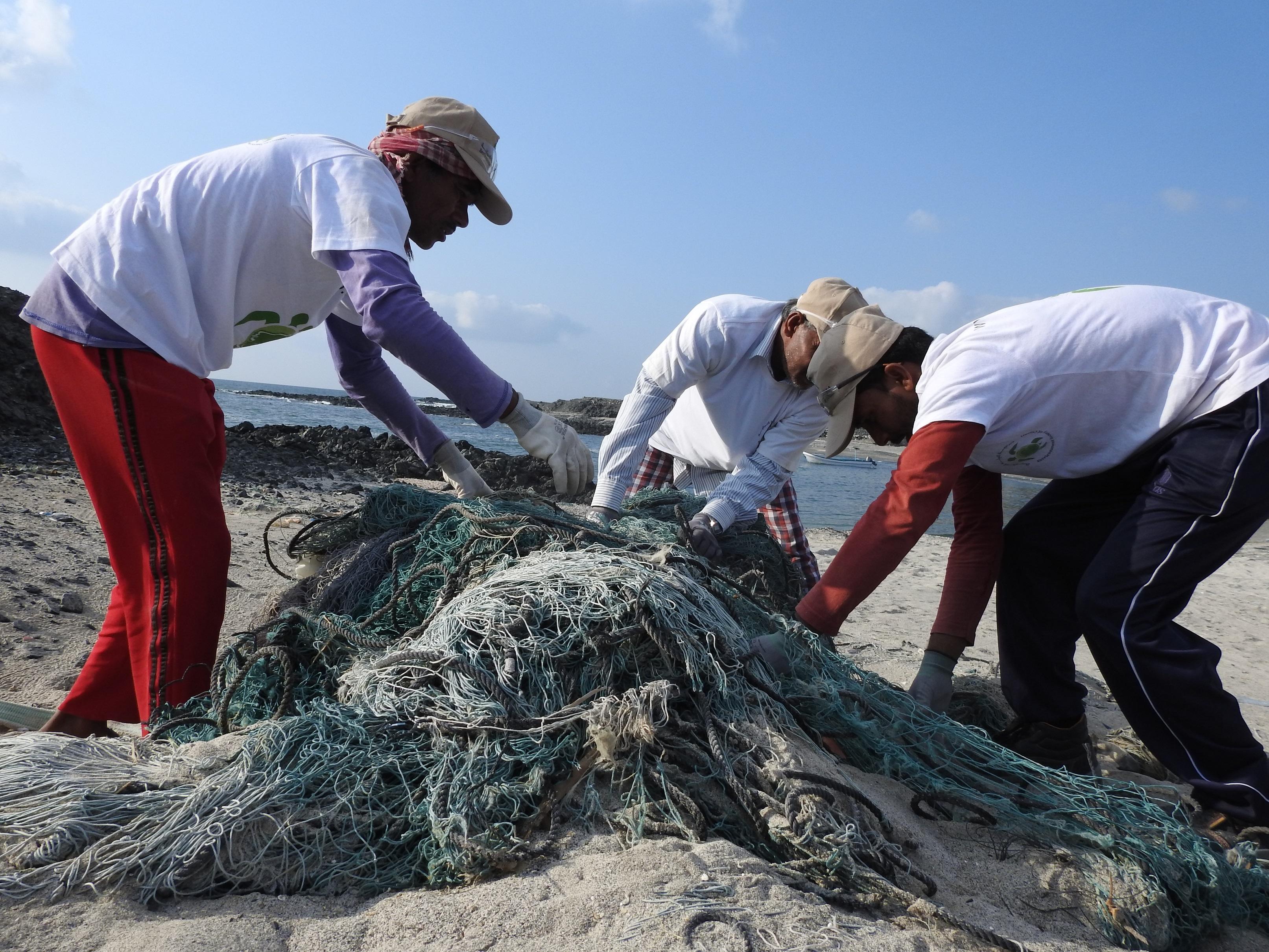 جمعية البيئة العُمانية تفوز بالمنحة الصيفية الأمريكية لاستدامة السلاحف البحرية
