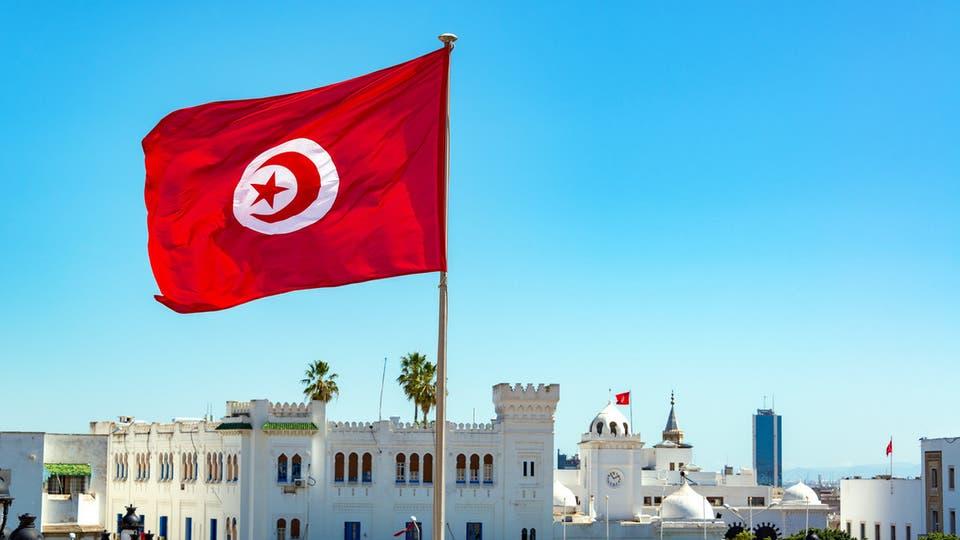 تونس تعلن رفع حظر التجول ابتداء من مساء اليوم
