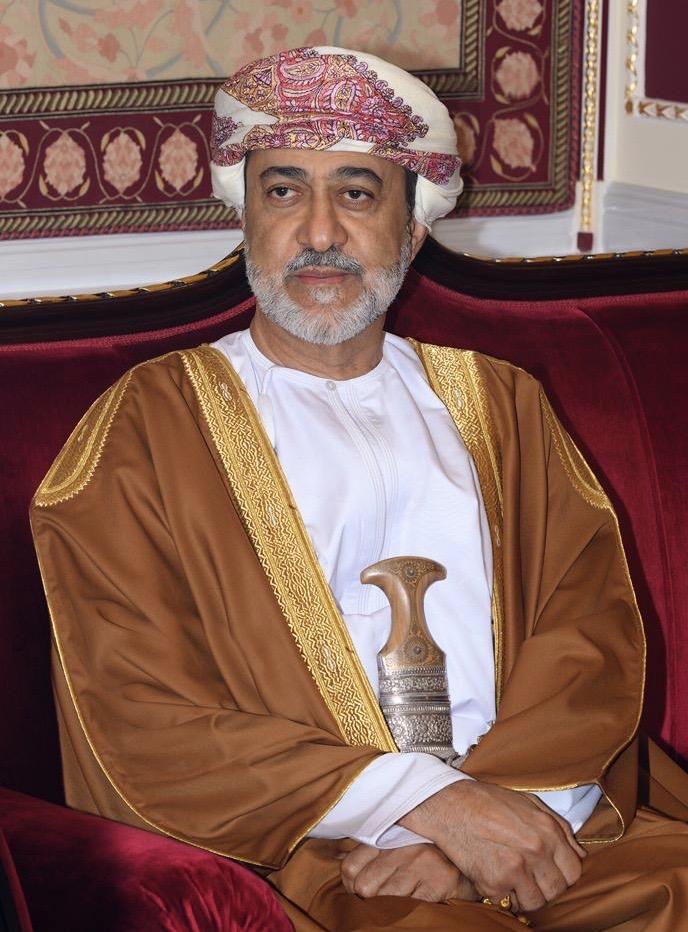 جلالة السلطان المعظم يهنئ أمير الكويت بمناسبة نجاح العملية