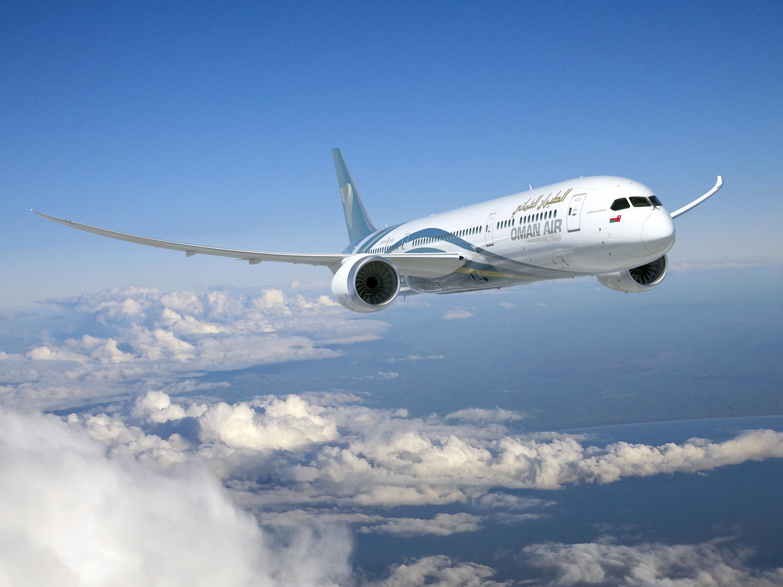 61 رحلة للطيران العماني..أعادت مواطنين ونقلت مقيمين