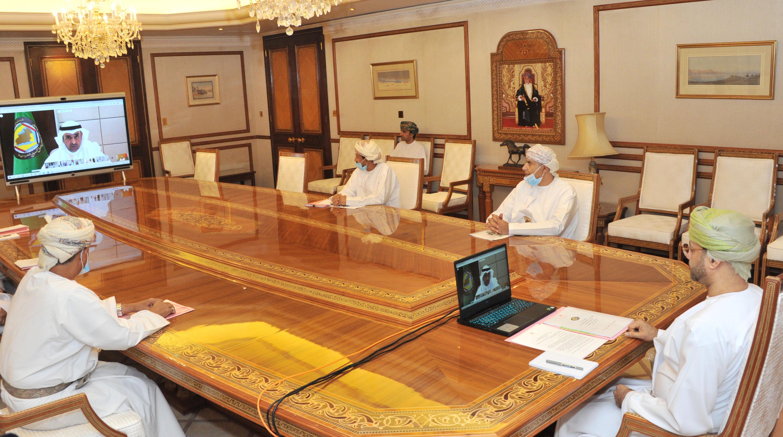 السلطنة تشارك في اجتماع لجنة متابعة تنفيذ العمل الخليجي
