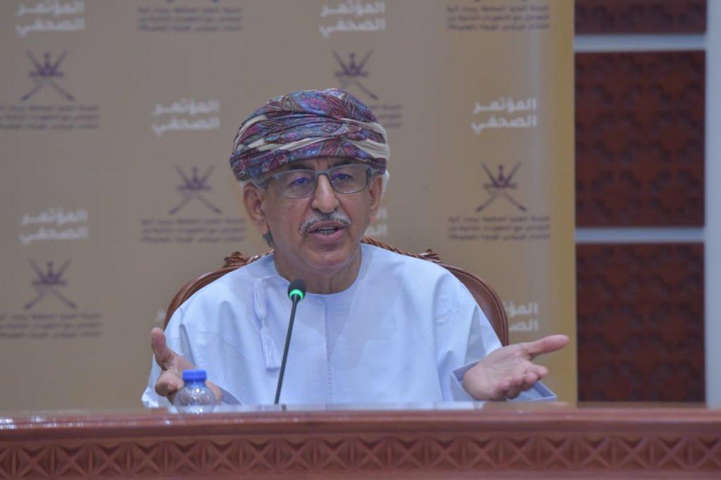 وزير الصحة: يوجد تواصل رسمي مع شركات اللقاحات لتوفير اللقاح في السلطنة فور تواجده