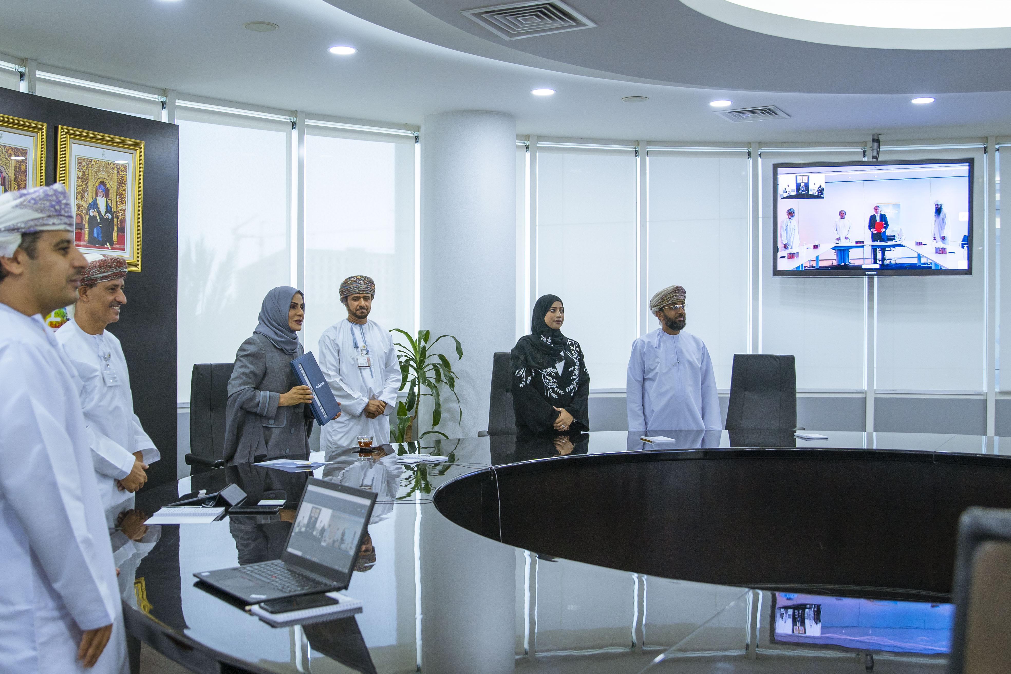 تضمنت الأمن السيبراني والقيمة المضافة.. التقنية والاتصالات وتنمية نفط عمان توقعان مذكرة تعاون