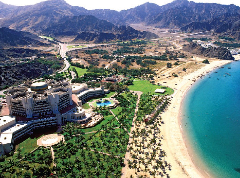 Three to five-star hotels record 53% decrease in guests