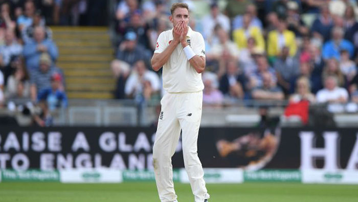 All-round Broad shines as England take control
