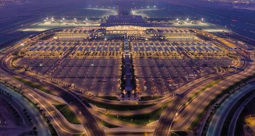 انخفاض عدد المسافرين عبر مطارات السلطنة