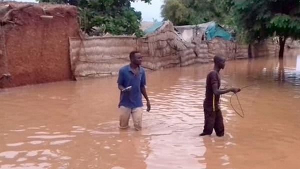 فيضانات السودان أودت بحياة 65 شخصا.. ودمرت الآلاف من المنازل