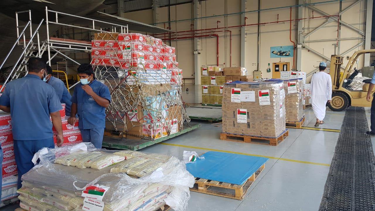 غدًا: السلطنة ترسل الدفعة الثالثة من المساعدات إلى لبنان