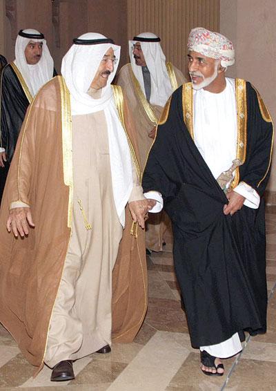 سفارة السلطنة في الكويت تثمن المبادرة الكريمة لمجلس الوزارء الكويتي