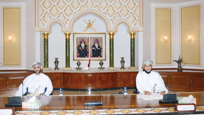 Governor of Muscat reviews work