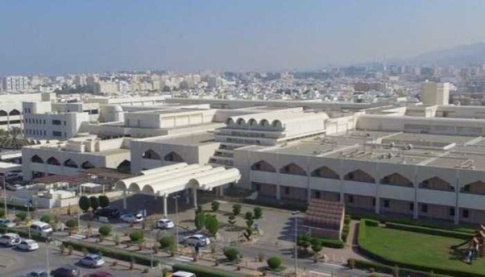 4 فئات يسمح لها بزيارة المرضى في المستشفى السلطاني