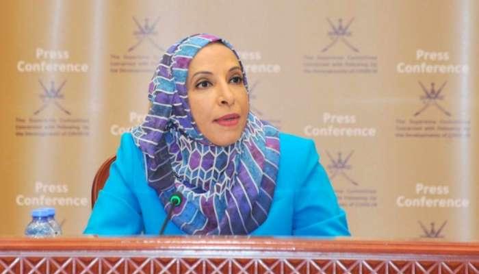 وزيرة التربية: 17 ألف عقد مع ملاك الحافلات بحوالي 70 مليون ريال عماني