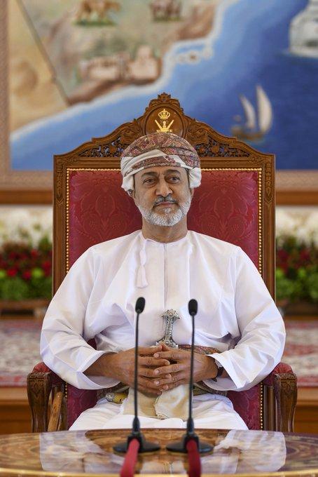 بالصور..استقبال جلالة السلطان لشيوخ ظفار
