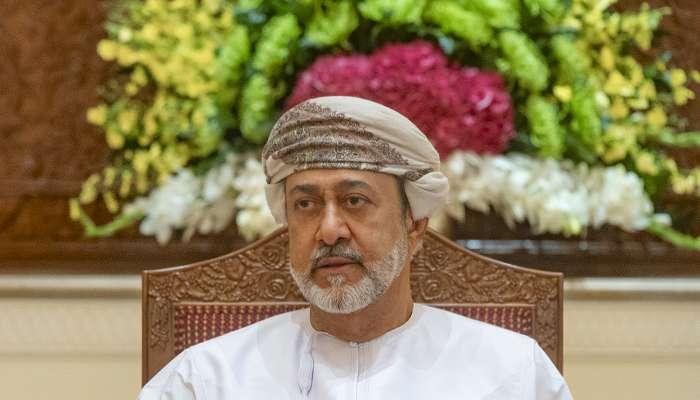 جلالة السلطان يترأس اجتماع اللجنة العليا