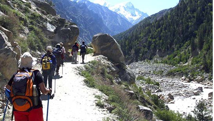 Indian army veterans plan 5,000 km trek to revive Ganga glory