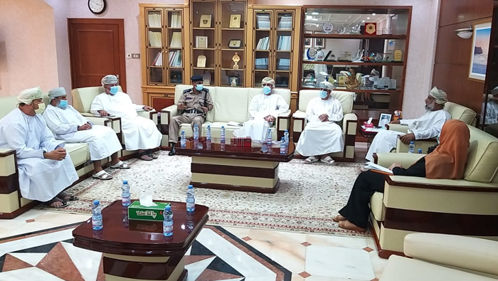 Status of old houses, deserted  houses in Muttrah discussed