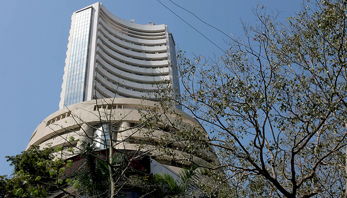 India's equity indices crash with across-the-board selling amid weak global cues