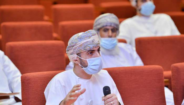 Shura discusses issue of jobseekers with union