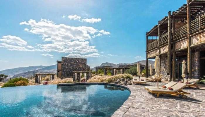 في أغسطس: نزلاء الفنادق.. الأكثرية عمانيون