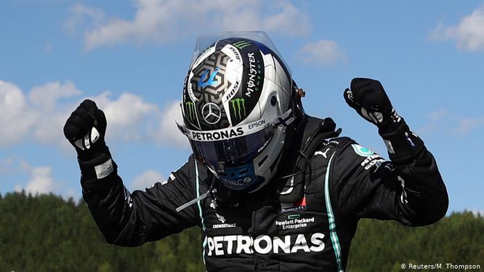 Bottas beats Hamilton to pole for Eifel Grand Prix